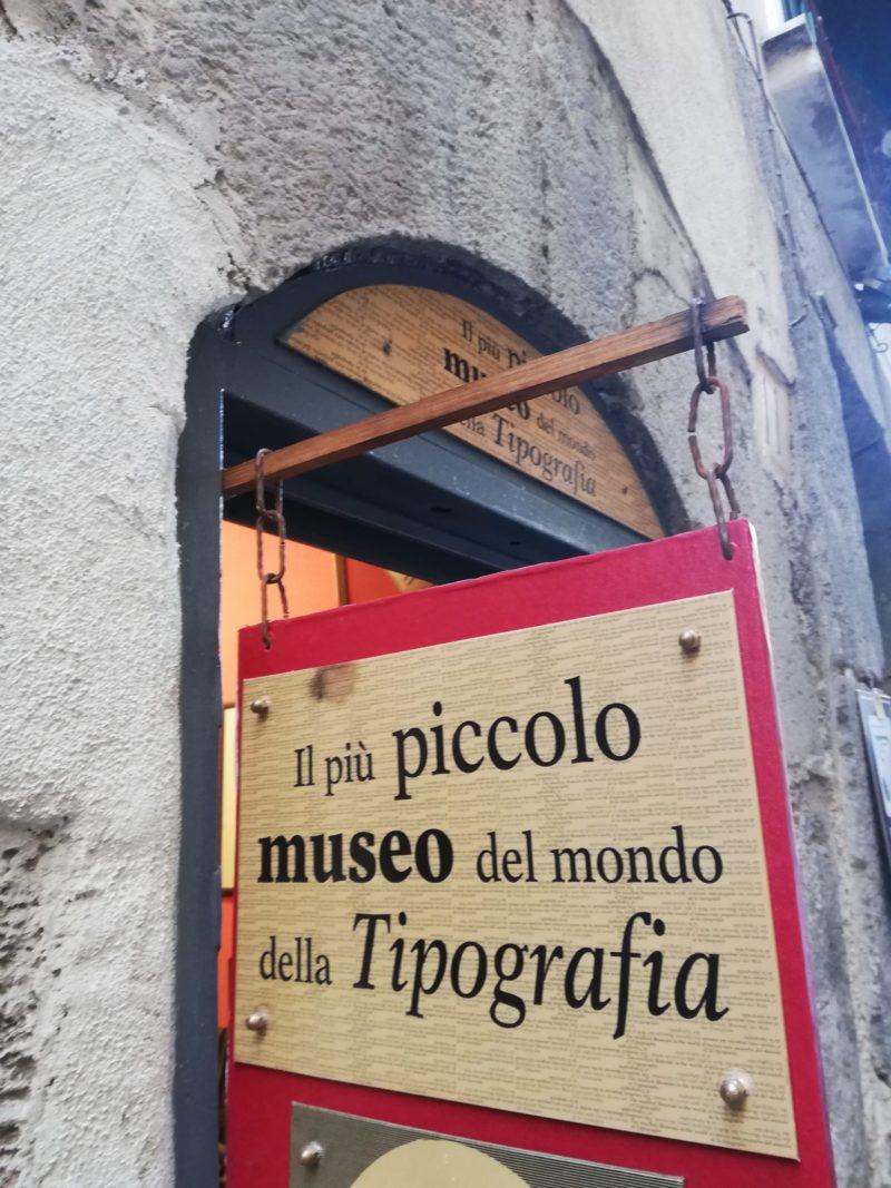 insegna museo della tipografia napoli