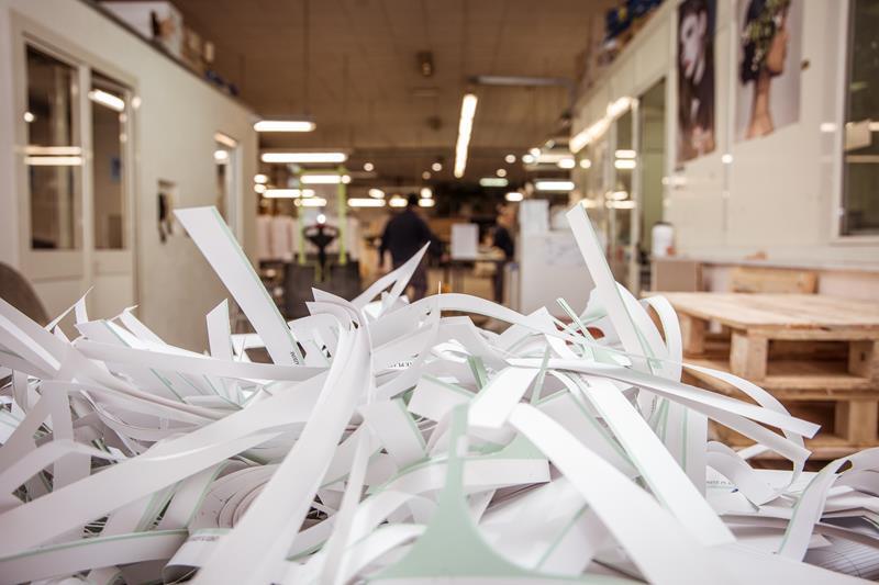 carta da riciclare post produzione