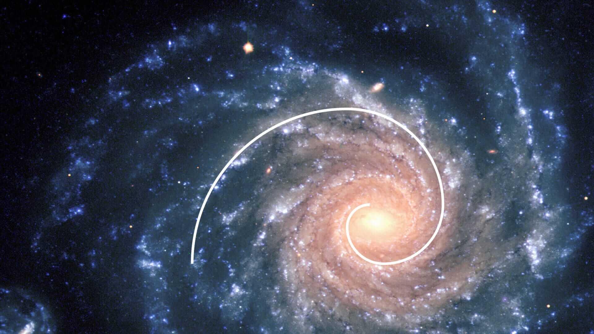 la spirale della golden ratio fotografata in una galassia